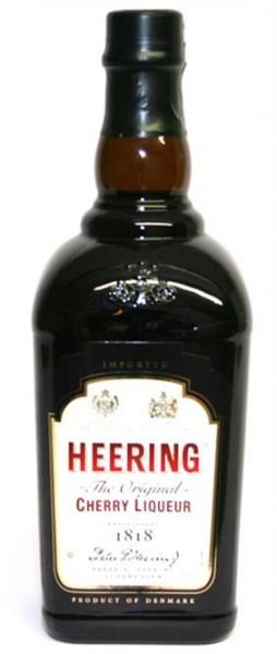 Heering Cherry Liqueur 24% vol. Dänischer Kirschlikör 0,7 l
